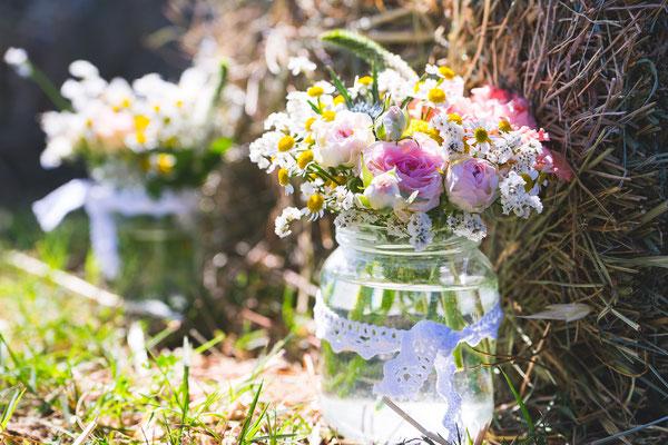 Bocaux fleurs champêtre mariage