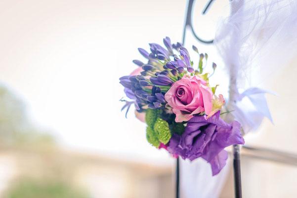 Fleurs arche mariage lilas rose mauve violet