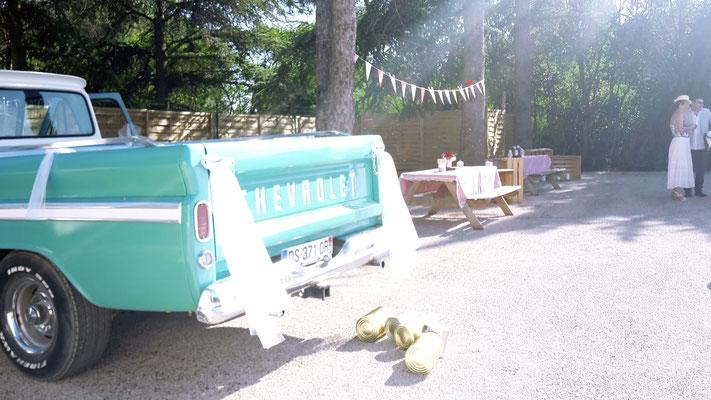 voiture vintage mariage guinguette