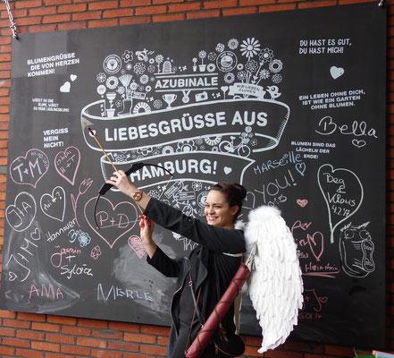 """Foto: P.S. - Die BLUME 2000 AZUBINALE""""in Hamburg"""