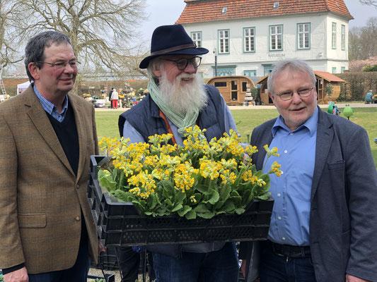 Veranstalter: Jan Siemsglüss, Gartenbotschafter John Langley® und Bürgermeister Reinhard Mach (Stadt Ludwigslust) Metropolregion Hamburg.