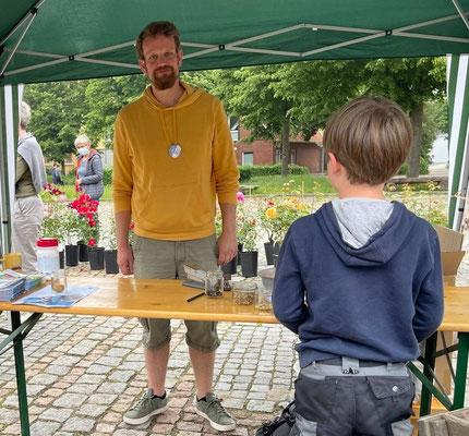 Foto: Petra Schweim - Museumspädagoge Tammo Hinrichs (Winsen Luhe)