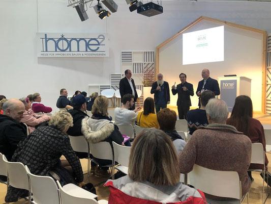 HOME² in Hamburg - Im Forum I - Kim Krasowka, Ruben Schulz & Matthias Brammen