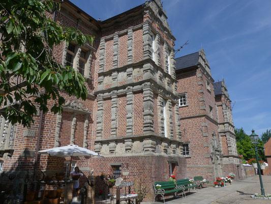Gartentage Thedinghausen - Schloss Erbhof Foto Petra Schweim