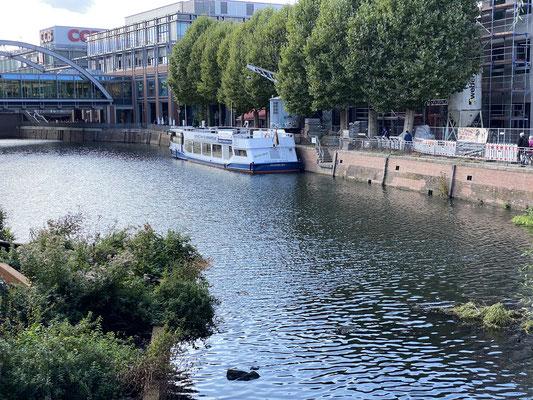 Bergedorfer Bille Hafen am Serrahn- Foto: Petra Schweim