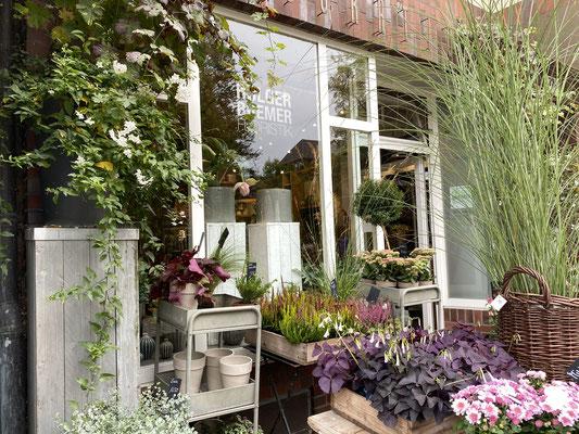 Blumenfachgeschäft für moderne Floristik von Holger Bremer. Foto: Petra Schweim