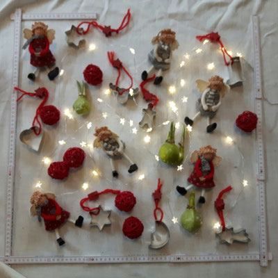 Foto: Petra Schweim - Recherche, Dekoration - Weihnachtsbaum 2017