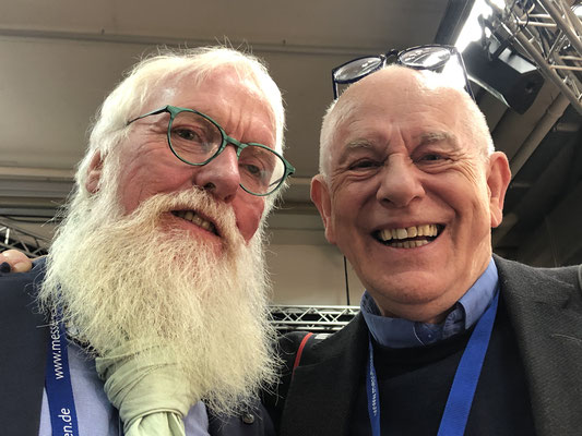 Redakteur Jens Poulsen von `BLOMSTER` hat IMMER gute Laune und Lust auf NEUES