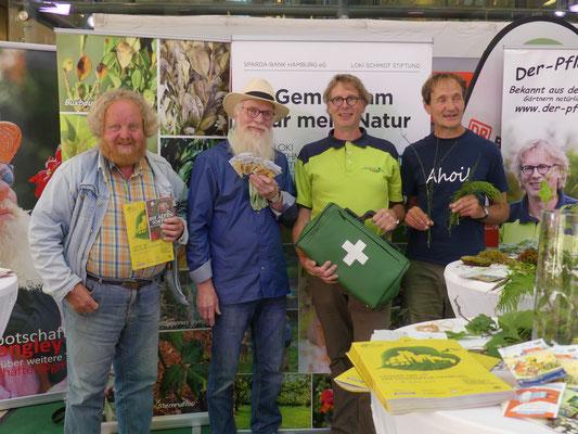 Zug des Wissens -  Europa-Passage - Jürgen Feder (re), Eckart Brandt (li), Rene Wadas (re), John Langley (li) Fotos: Petra Schweim