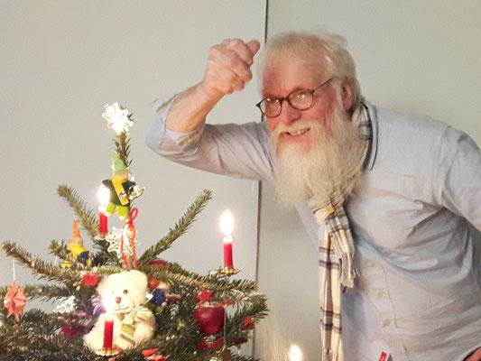 Foto: P.S. - Schöne Weihnachten - Freude schenken - John Langley