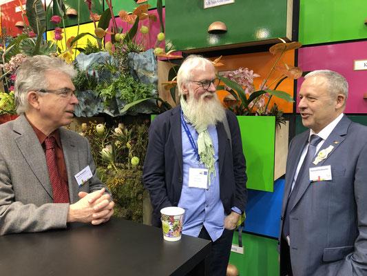 Klaus Bengtsson vom Hamburger Blumengroßmarkt und Raimund Korbmacher GF vom Blumengroßmarkt Köln.