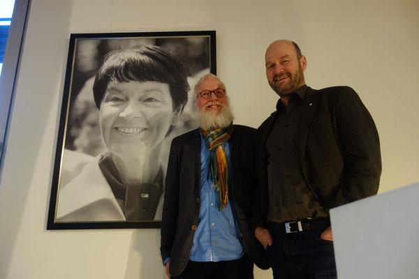 Foto: Dr. Petra Schwarz - Loki Schmidt Haus in Flottbek mit GF Axel Jahn der LSS