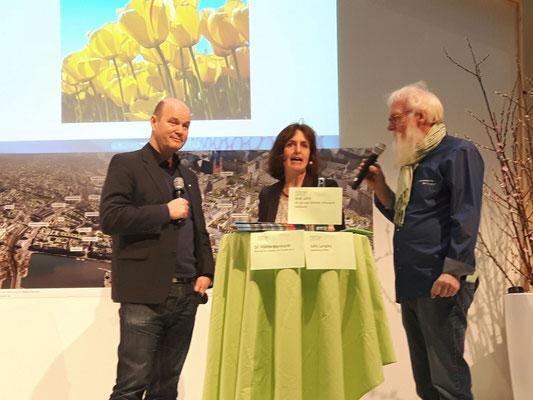 Foto: Petra Schweim - Hamburg Messe - Home 2 - Axel Jahn (LSS) / Dr. Hanna Bornhold (BuE)