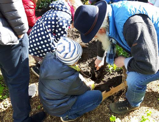 Foto: Petra Schweim - Gartenbotschafter John Langley - Naturverständnis