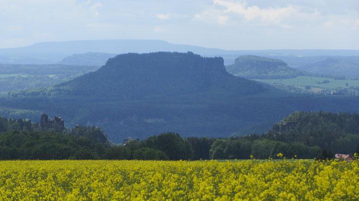 Petra Hinze Frauenwissen und Schamanismus: Reise ins Elbsandsteingebirge, Königsstein