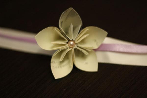 Bracelet origami témoin ou demoiselle d'honneur, ivoire et poudré