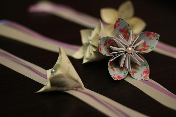 Bracelets origami assortis pour la mariée et ses témoins ou demoiselles d'honneur, ivoire et poudré