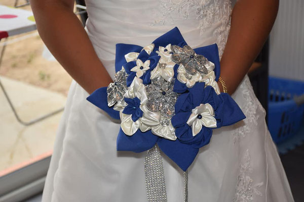 Allyssa et Yann, mariés en fleur 2019, Toulouse, bleu saphir, argent et blanc, paillettes