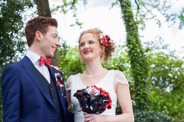 Shooting mariage Reine de coeur-Toulouse-Laure-Sophie Photographie-La mariée en fleur. Bouquet mariée original