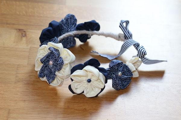 Couronne de fleurs éternelles en tissus marinière bleu marine et blanc, modèle adulte par La mariée en fleur
