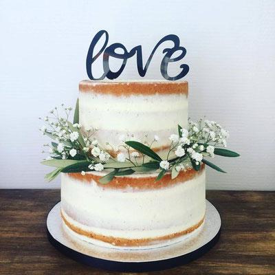 Nude cake mariage Esquimo et Pinata