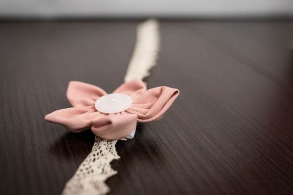 Bracelet demoiselle d'honneur en tissu Shabby chic, élégance et raffinement