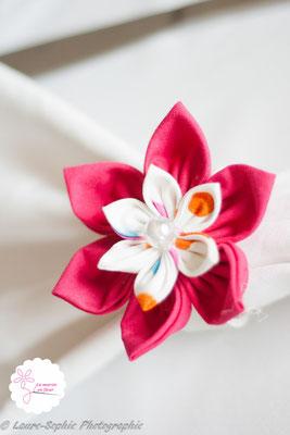 Rond de serviette mariage fleur en tissu rose