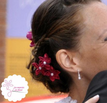 Collection Delphine. Epingles à chignon avec petites fleurs framboise