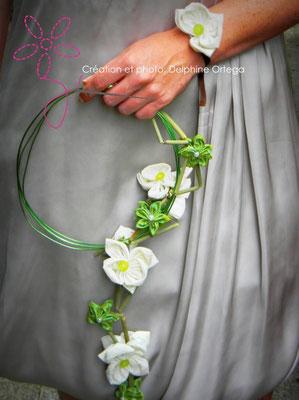 Bouquet de mariée original et éternel avec son bracelet assorti, orchidées en tissu. Bouquet cascade moderne, thème asiatique zen