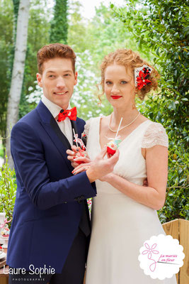 Mariage de la reine de coeur le 25 avril 2016 à Toulouse. Bijou de tête, noeud papillon et boutonnière La mariée en fleur