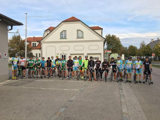 Rennradverein Athletics Leithaprodersdorf, Hornsteinbewegt, ketterechts