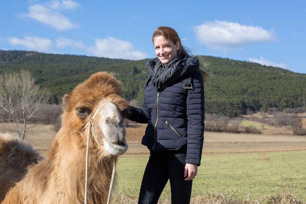 Anna Grünauer Kamele Österreich Photoshooting