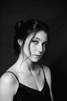 NINA / Studio Photoshooting Baden, Anna Grünauer Photography