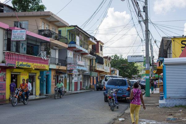 Typisches Dorf, dominikanische Republik