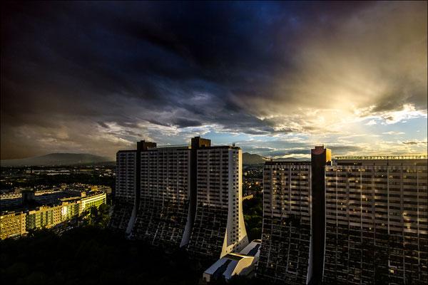 © Peter Mayer, Wien, Regenwolken über Alterlaa