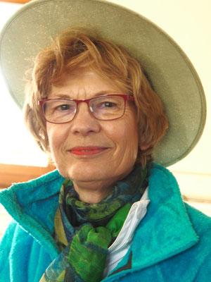 Birgitt Kramer, Allrounderin, Freiwilligenarbeit
