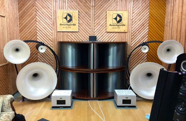 仙台のだや「avantgarde torio Ω classico + 2 BASS HORN」を納品しました