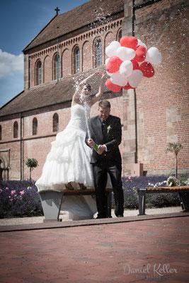 Hochzeitsbilder mit Luftballons Münster Schwarzach Rheinmünster / Daniel Keller Fotografie