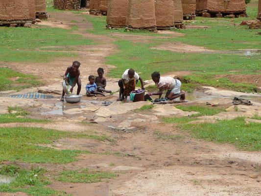 Cecile Leguy - Photo n°2 - Lessive (Sialo, Mali)
