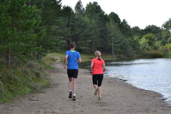 Bij runningtherapie wordt het hardlopen op een rustige manie ropgebouwd
