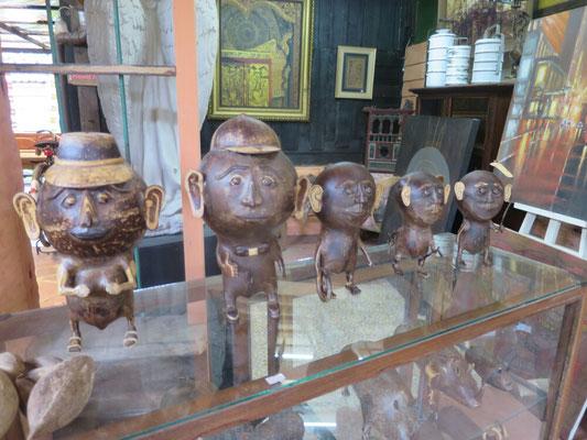 Die Familie wird aus Kokosnüsse hergestellt.