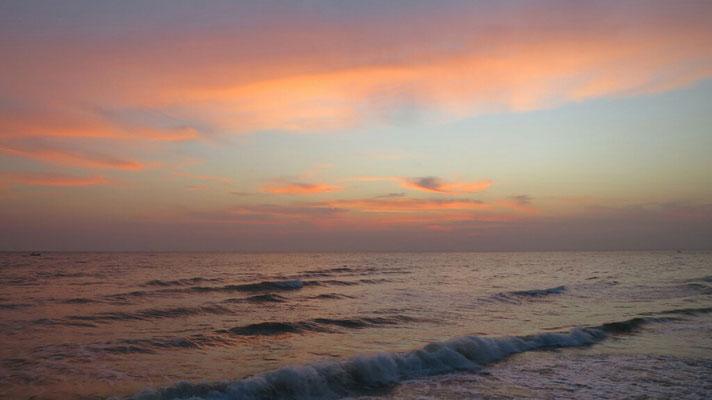 Sonnenuntergang um 18:30 Uhr