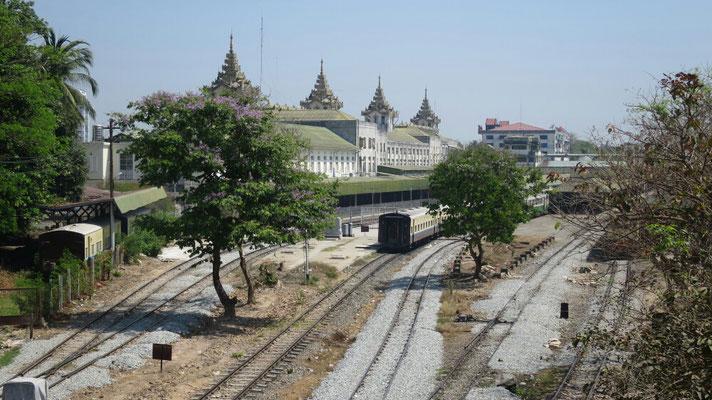 Am Hauptbahnhof hat sich noch nichts verändert.
