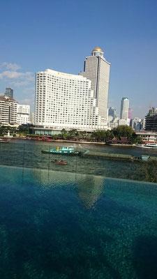Blick vom Pool.