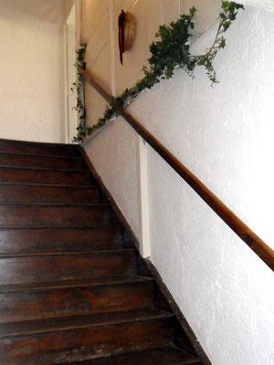 La montée d'escalier - Gîte de la Forge