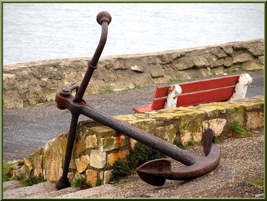 """Arcachon, """"Ville d'Automne"""", ancre sur le port plaisance"""
