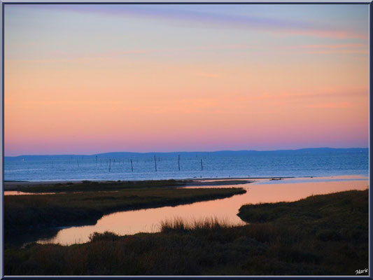 Soleil couchant sur le Bassin en décembre (depuis le port)