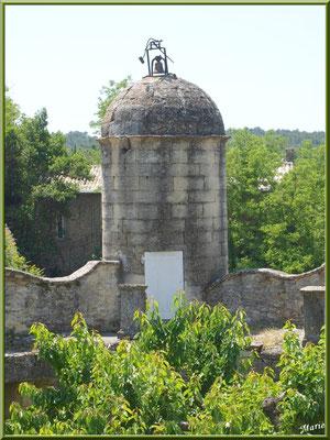 Tour de ronde vue depuis la terrasse arrière du château