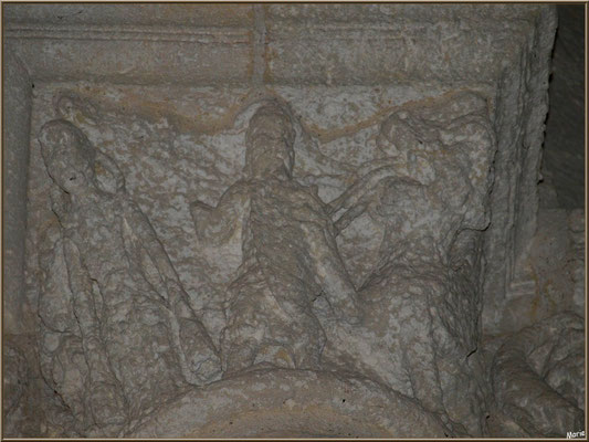 Eglise Sainte Radegonde de Talmont-sur-Gironde (Charente-Maritime) : sculpture du haut d'un des piliers