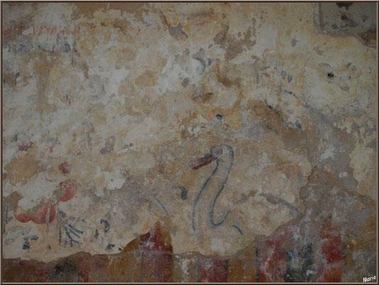 Eglise St Michel du Vieux Lugo à Lugos (Gironde) : fresque murale, un cygne et ...